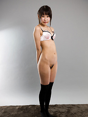 Oshima Karina solo pictures