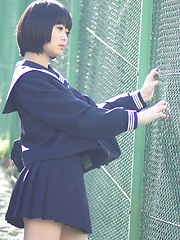 Minori is fresh, cute, and barely 18 years old. She never did chakuero shooting before so we started easy with Japanese schoolgirl cosplay and fan ser