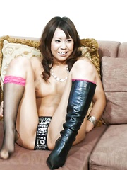 Arisa Aoyama shows off her pussy and toys it for the cameras
